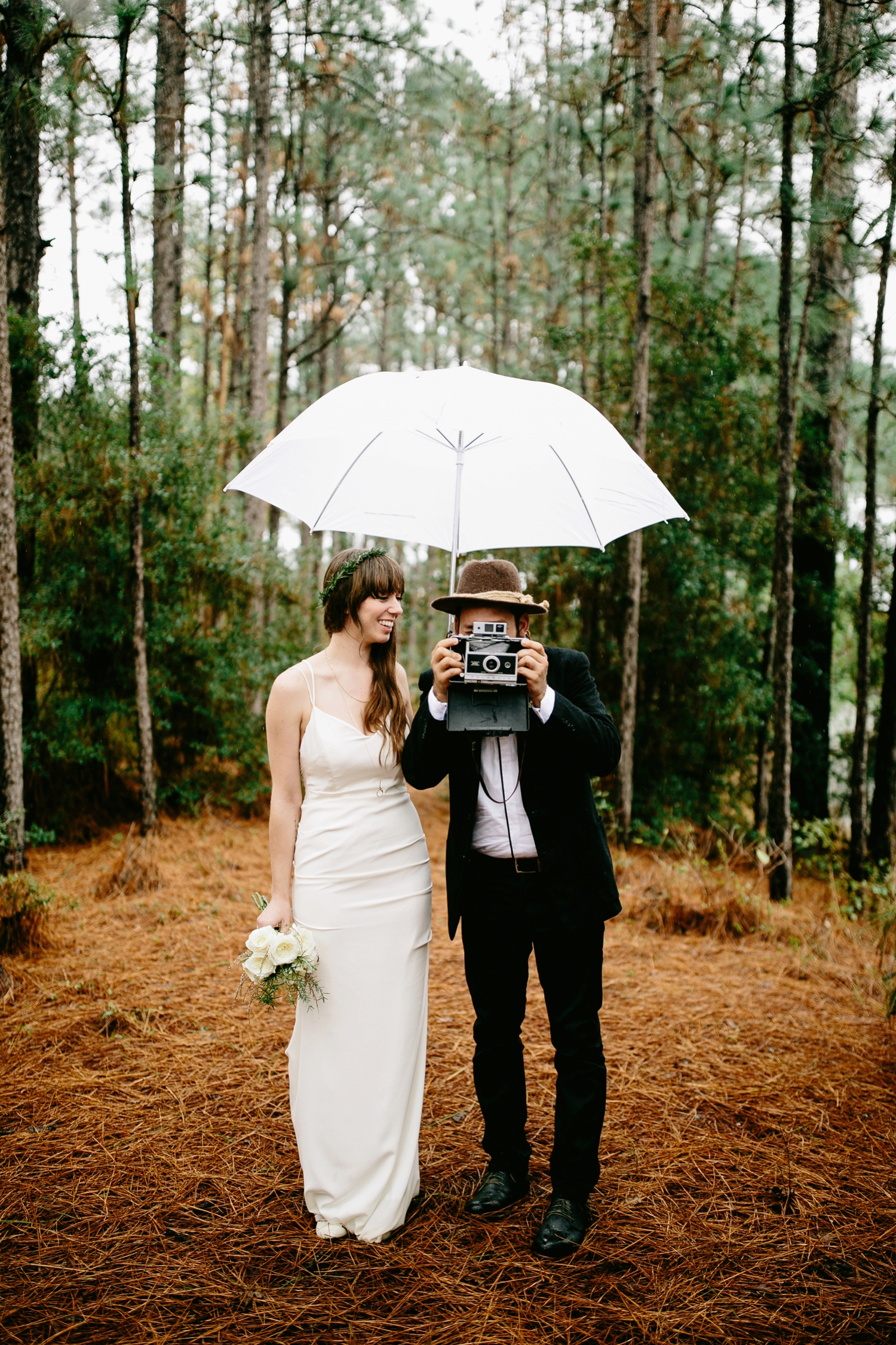 rainy-wedding-pictures-050