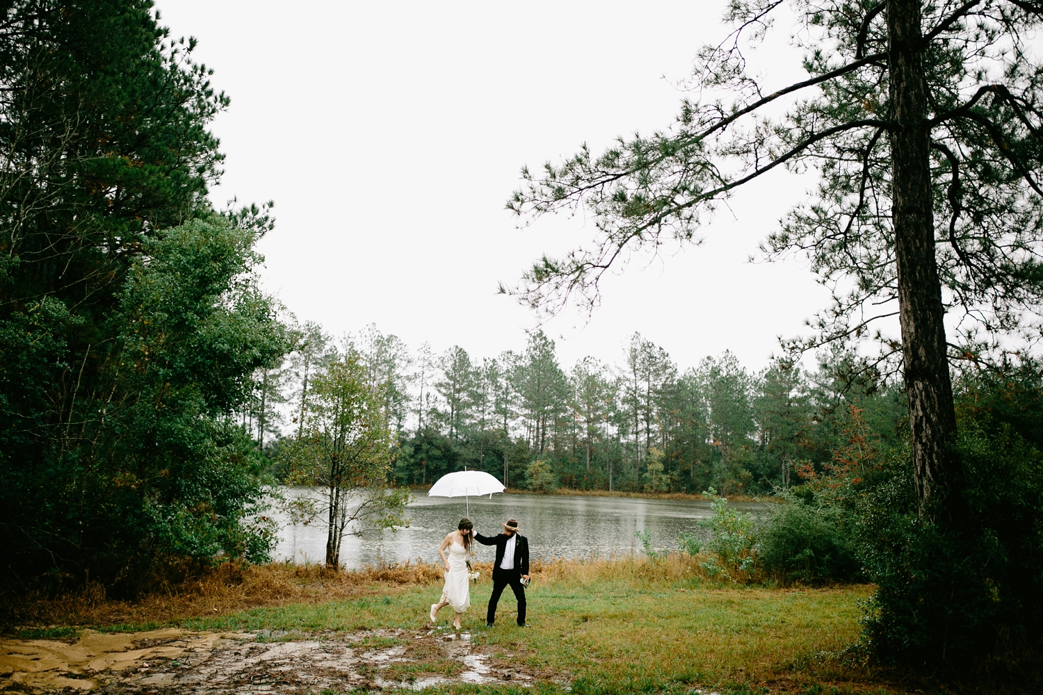 rainy-wedding-pictures-051