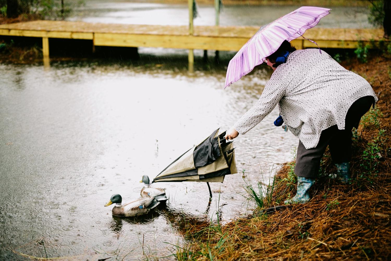 rainy-wedding-pictures-060