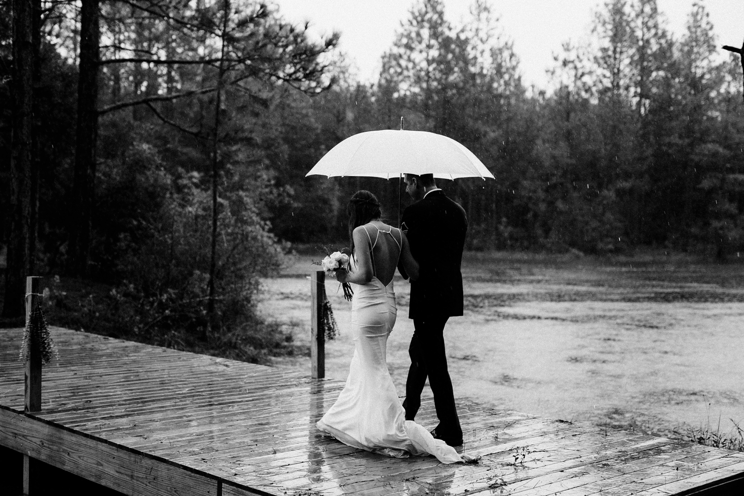 rainy-wedding-pictures-069