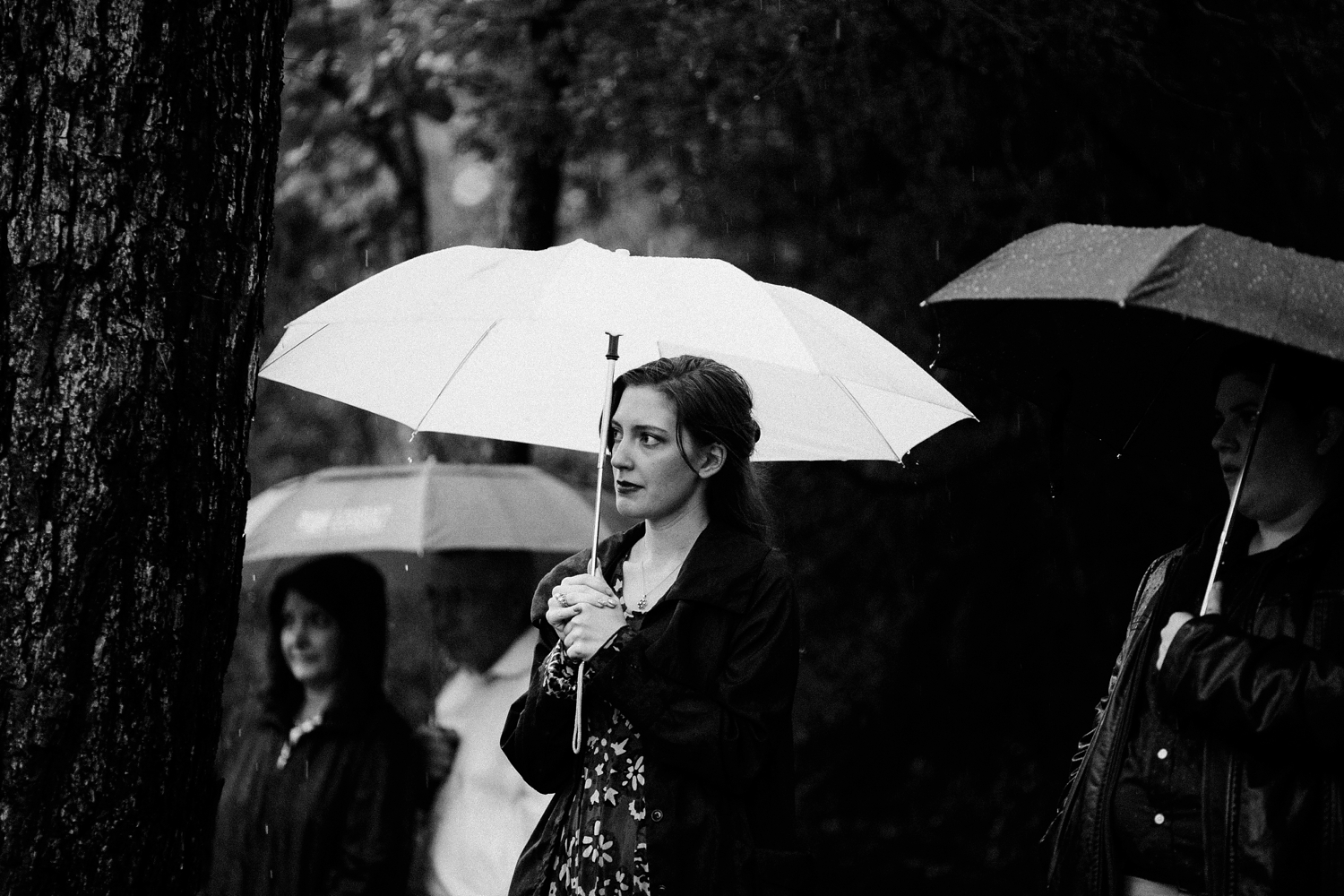 rainy-wedding-pictures-076