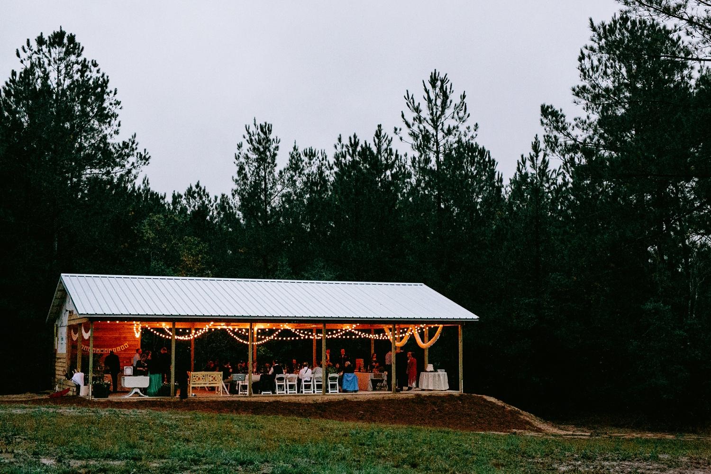 rainy-wedding-pictures-095