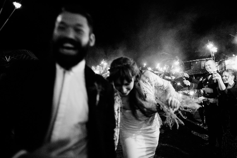 rainy-wedding-pictures-114