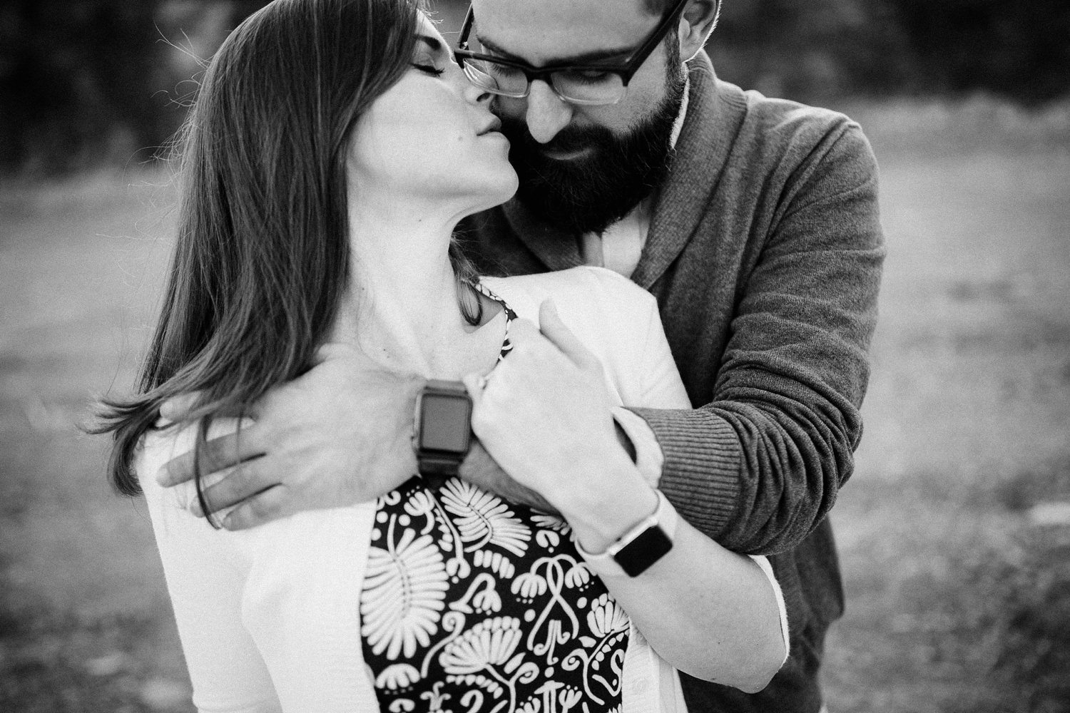 intimate-engagement-session