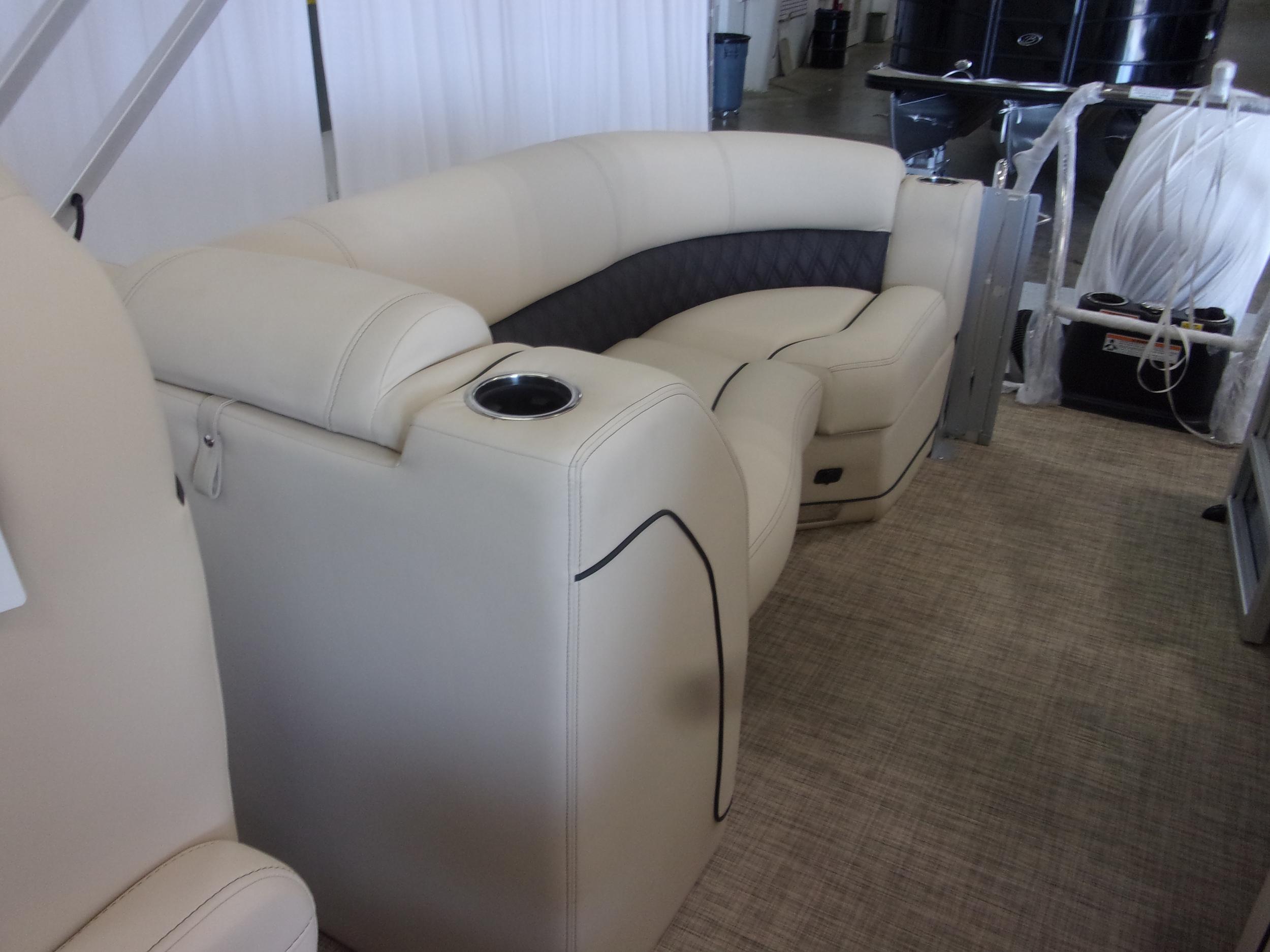Boat Image 6