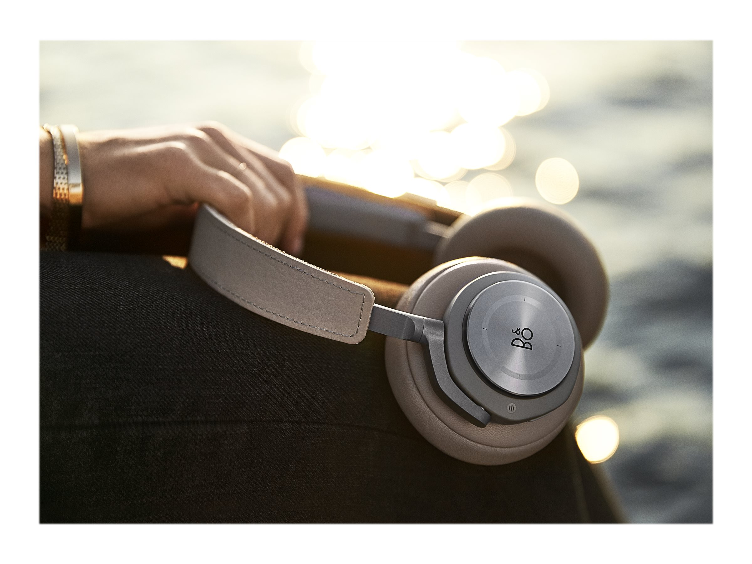 Image for Beoplay H9 - Headphones With Mic from Circuit City