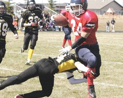 Red Dogs stomp over Seahawks in Week 1 Edmonton CDFMA action (SUMMARY)