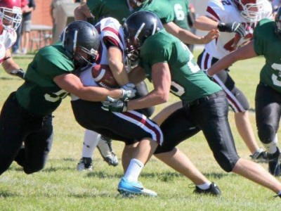 Spruce Grove linebacker Wawrzonek opts to stay close to home