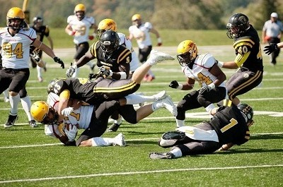 Gryphons remain perfect with win over Warriors
