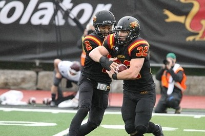 No.5 Queen's defeats No.4 Guelph for second place in OUA standings