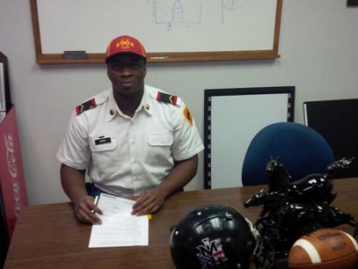 Toronto defensive end Ayeni signs with NCAA's Iowa State