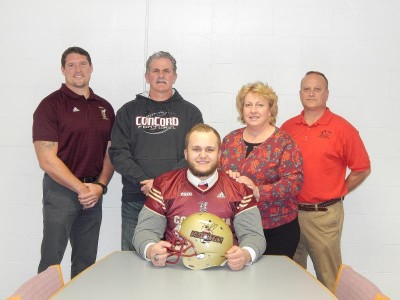 Stingers add dominant DL from New Hampshire