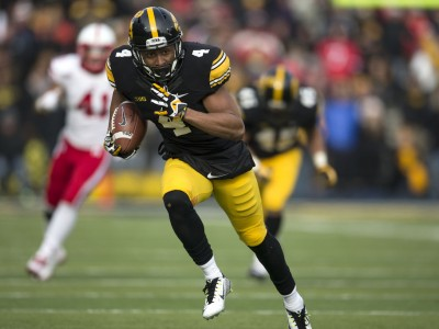 Toronto's Smith excels in Iowa Hawkeyes' Pro Day