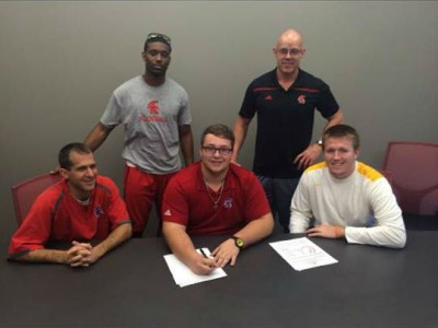 Pickering recruit returns north of the border, signs with Mounties (VIDEO)