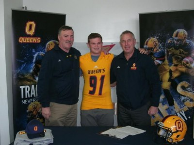 """Queen's """"takes care of their team"""" says #CFCOPC recruit (VIDEO)"""