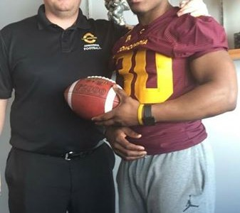 "CEGEP recruit ""very impressed"" with what Concordia has to offer (VIDEO)"