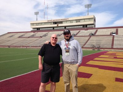 Hamilton long snapper commits to NCAA's Central Michigan Chippewas (VIDEO)