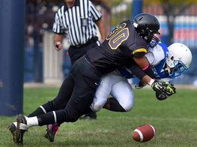 Hamilton. Ontario, Friday, September 30,2016 - Cathedral vs. St. Thomas More high school football.  Photo by: Barry Gray,The Hamilton Spectator. For story by: standup