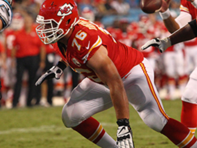 Former McGill Redmen OL Duvernay-Tardif earns his white jacket
