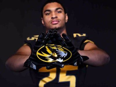NCAA Signing day: CFC100 Anderson has finally made his dreams come true, signs with Missouri