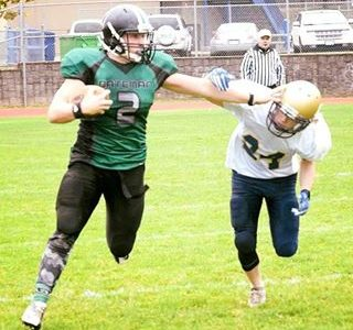 Hard-nosed linebacker, Davis, looking to take his game to the next level