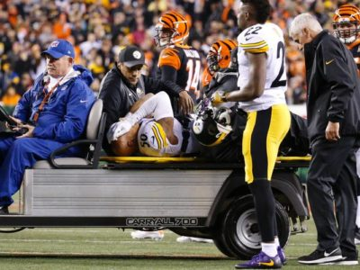 Pittsburgh Steelers inside linebacker Ryan Shazier is carted off the field. (FRANK VICTORES/AP)