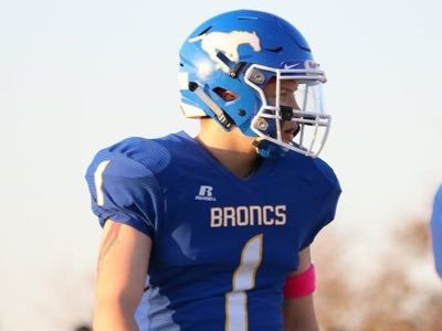LB Colby loves playing FNL with the Broncos