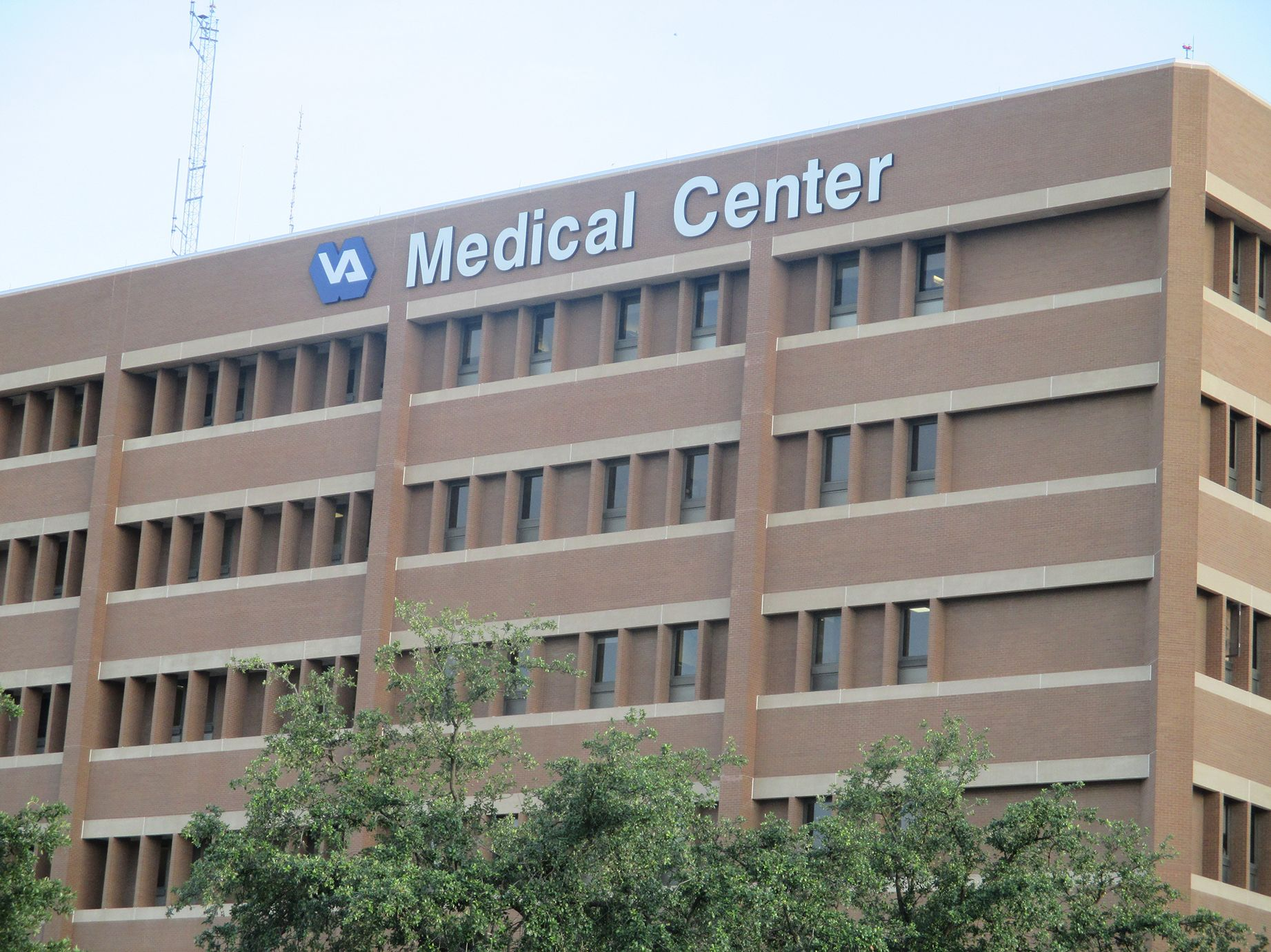 Veterans Affairs (VA) hospitals and medical centers across the U.S. have turned to secure messaging solutions