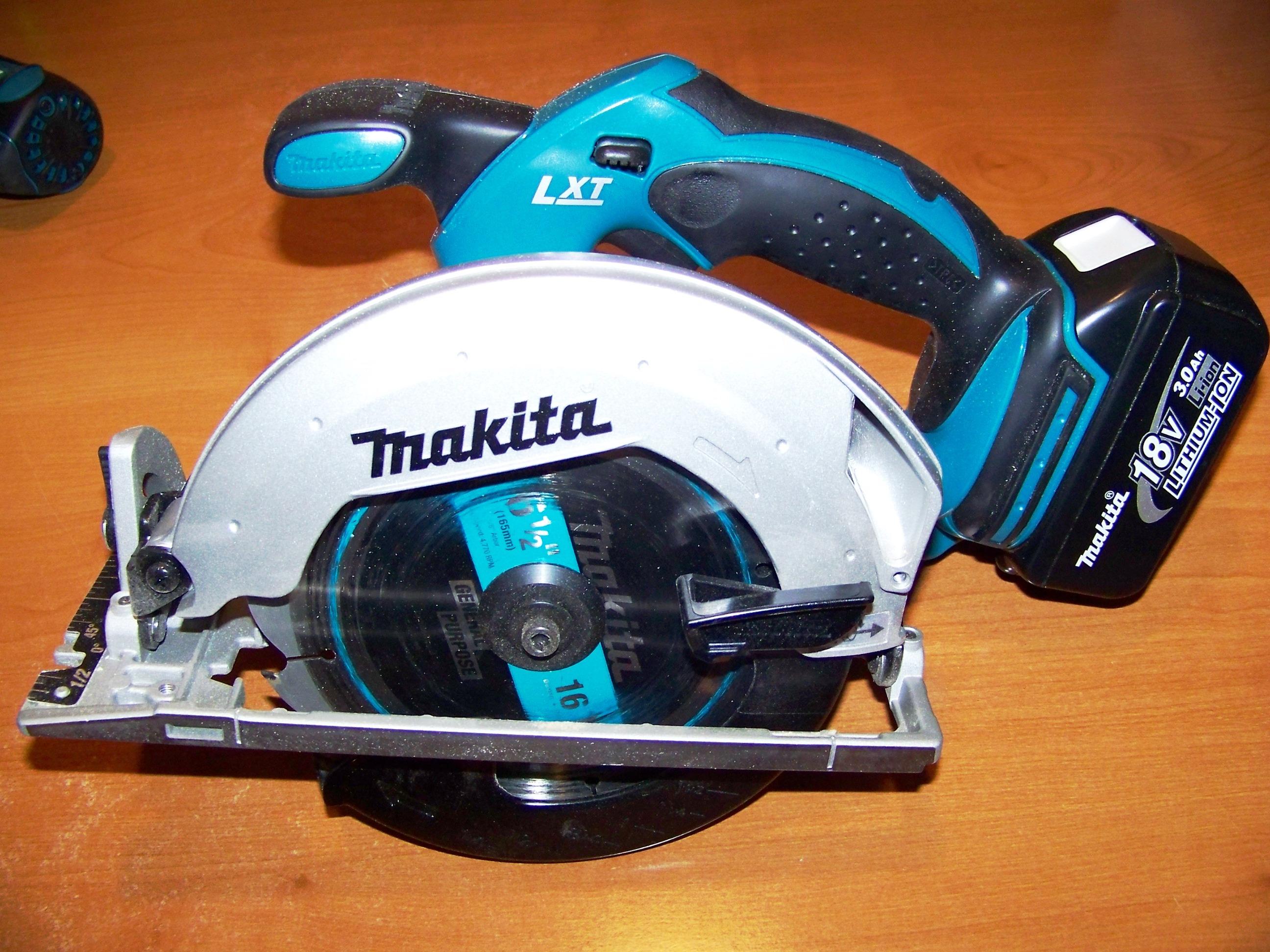 Makita BSS611
