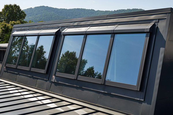 Img cs vms eagles nest skylights on roof thumb