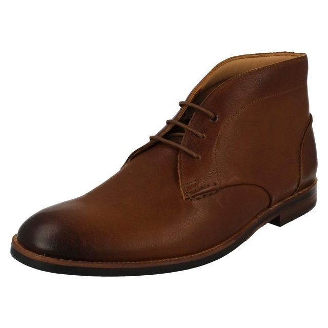 Clarks Boyd Mid Boot in Tan for Men
