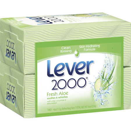 Front view of Lever 2000 Fresh Aloe  2 4.5 oz Bar Soaps