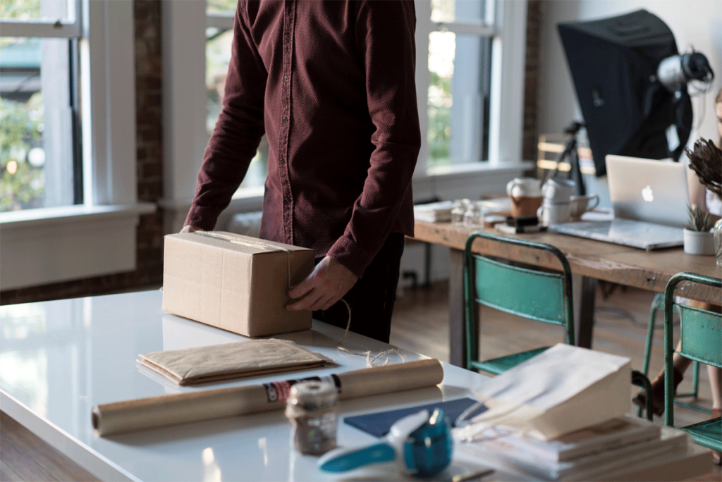 5 Foolproof Ways For Small Businesses To Master Order Fulfillment And Shipping
