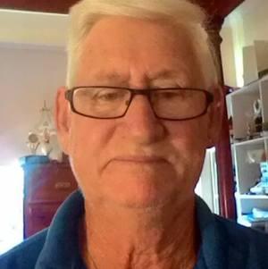 Dennis Sutton