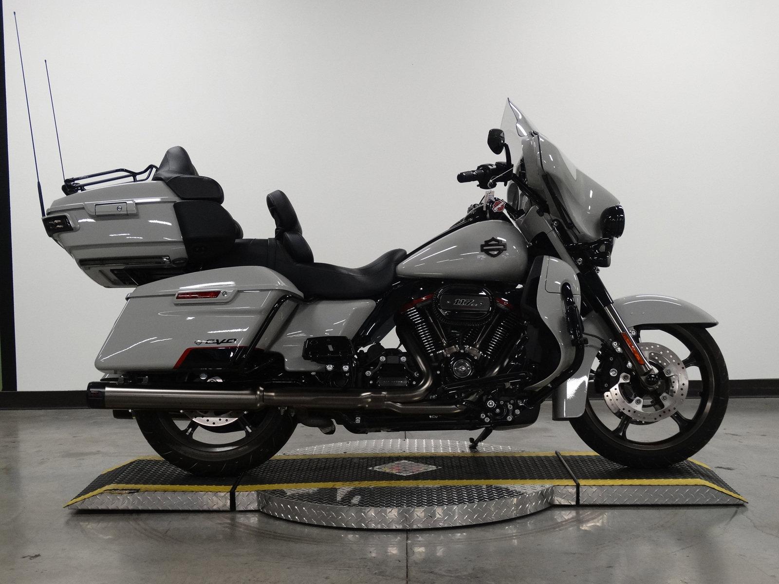 Pre-Owned 2020 Harley-Davidson Electra Glide Ultra Limited CVO FLHTKSE