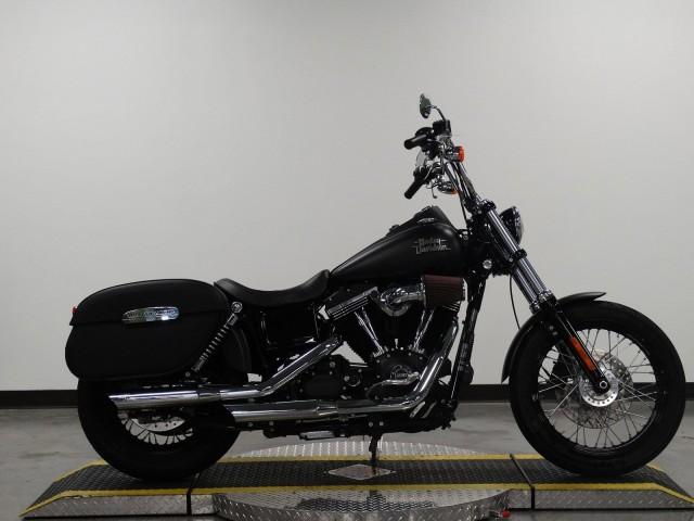 Pre-Owned 2017 Harley-Davidson Dyna Street Bob FXDB