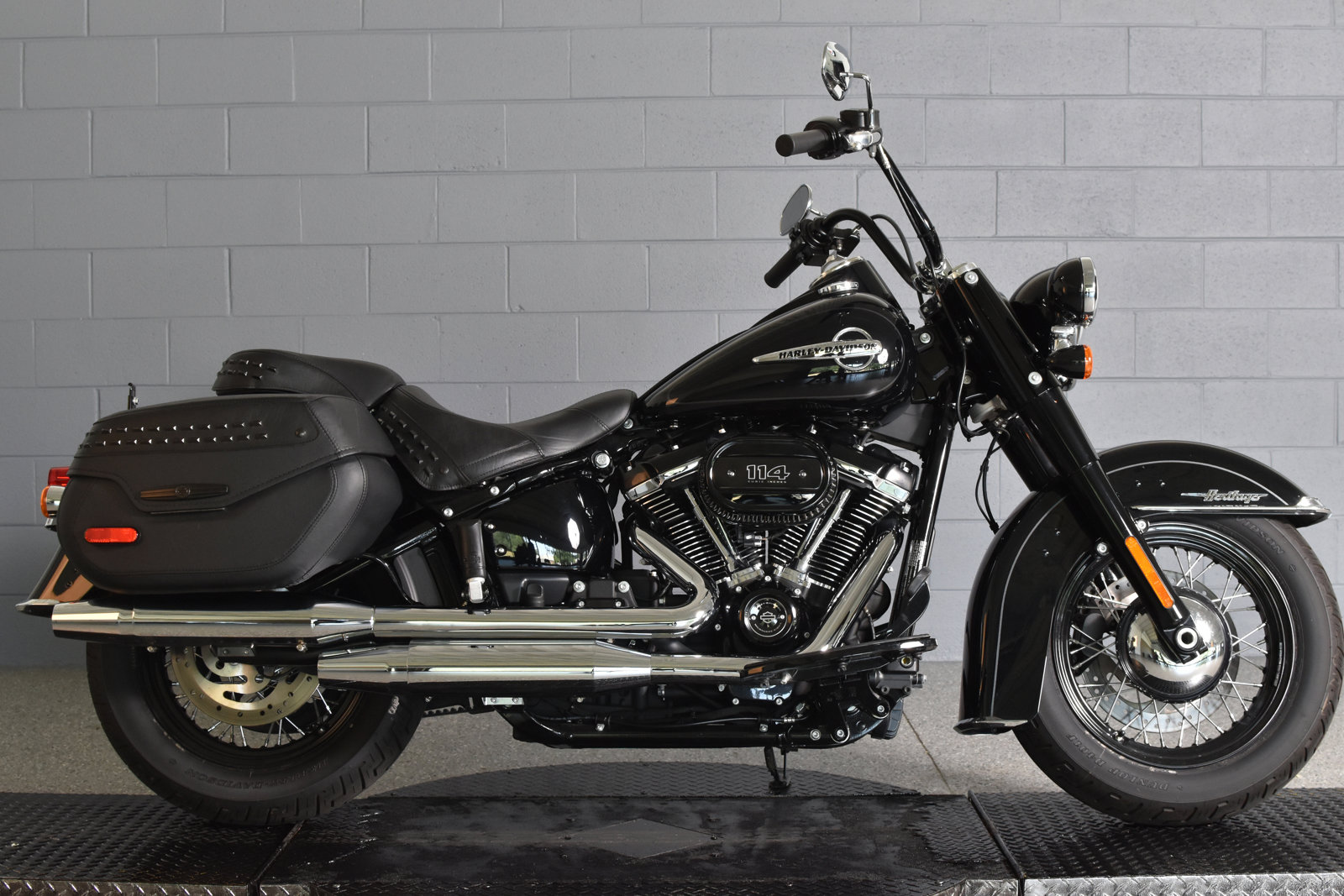 Pre-Owned 2020 Harley-Davidson Softail Heritage Classic 114 FLHCS
