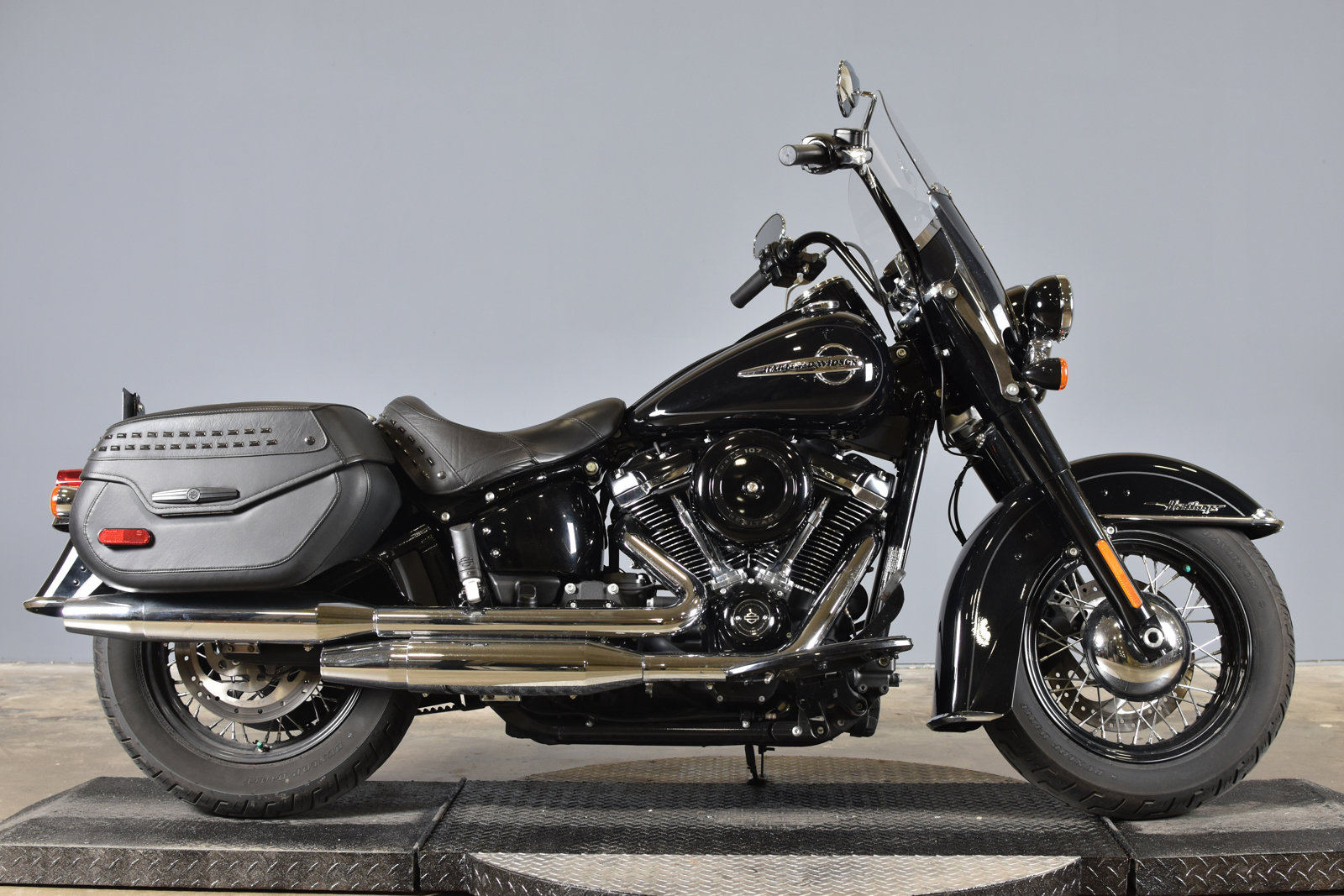 Pre-Owned 2019 Harley-Davidson Softail Heritage Classic FLHC