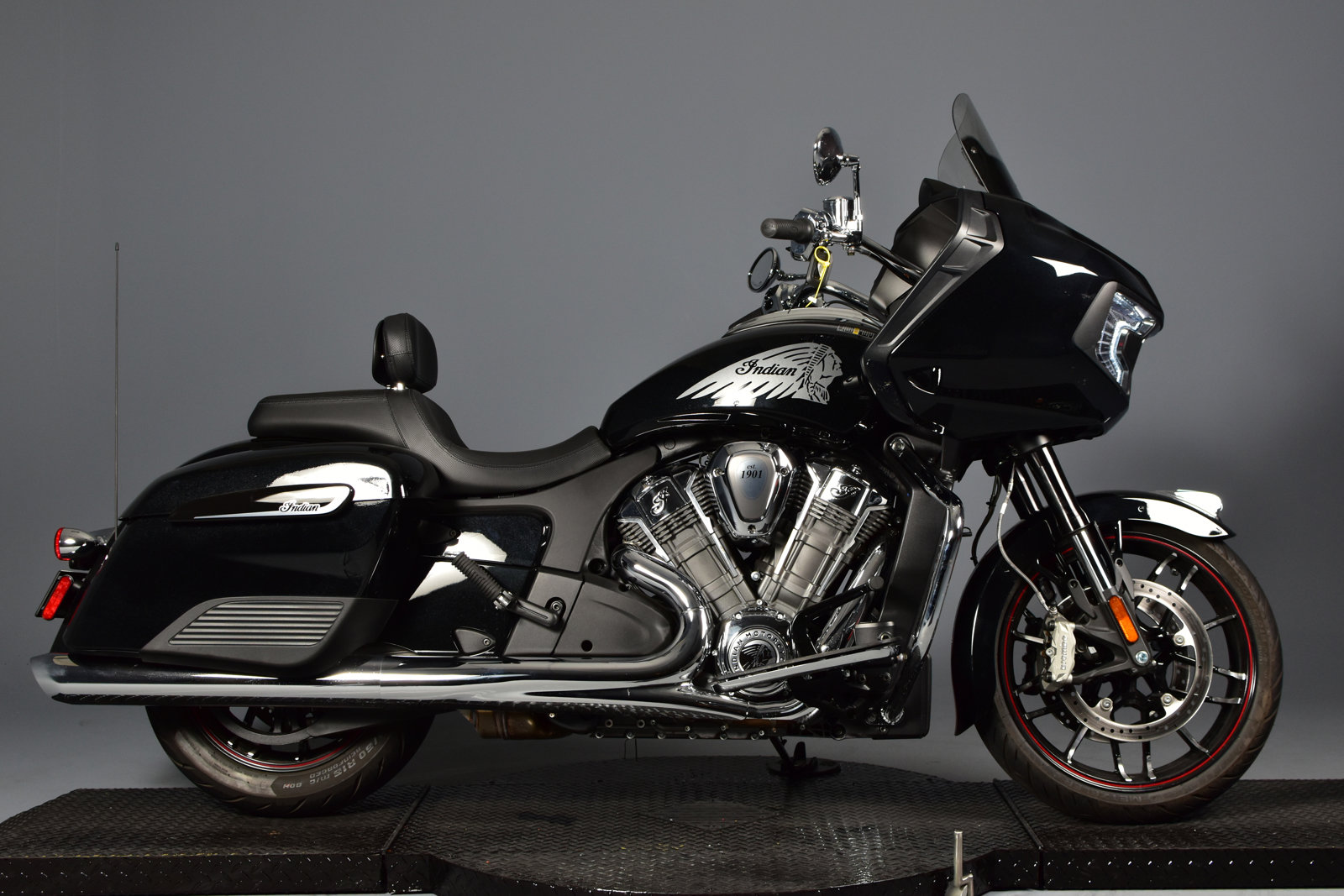 Pre-Owned 2020 Indian Challenger Limited