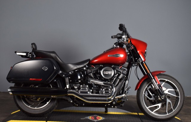 Pre-Owned 2019 Harley-Davidson Softail Sport Glide RED