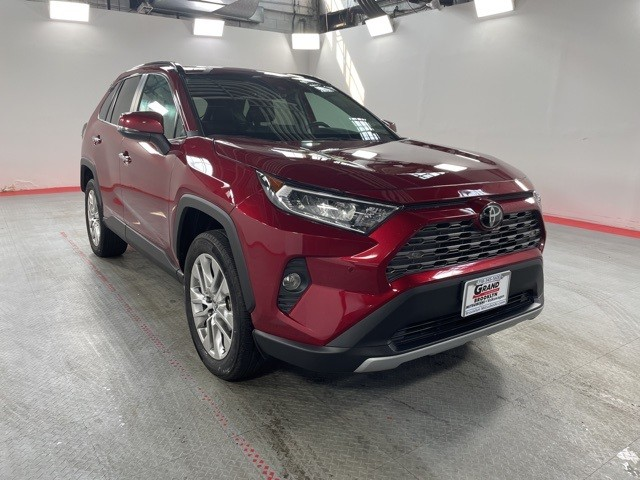 Pre-Owned 2019 Toyota RAV4 Limited