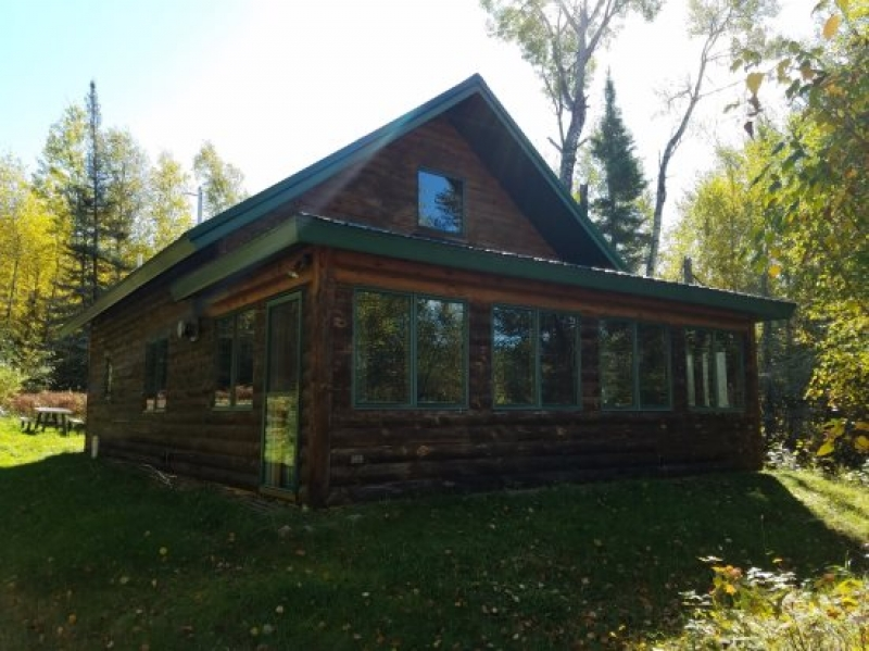 Ely Lodging: Pine Cove