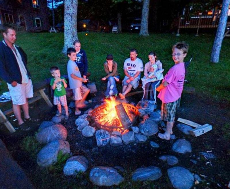 Northland Lodge: Racoon