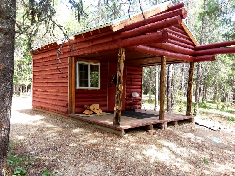 Black Diamond Guest Ranch: Rustic Cabin 5 on Bench