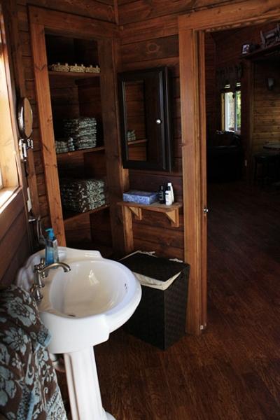 Gallatin River Hideaway: Bear Paw Cabin #4