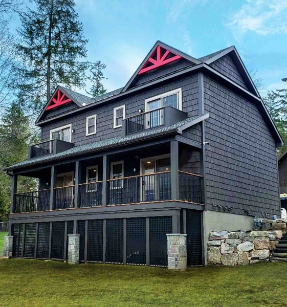 Northern Living: Lakeside Lodge