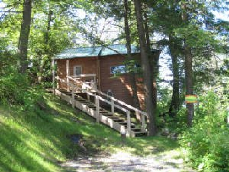 The Cabins at Lake Desolation: Moose Lodge