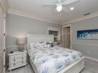 5 Star Luxury Rental on Anna Maria Sleeps 16