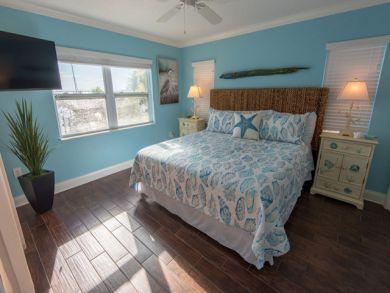 Anna Maria Vacation Rental Bayfront 4 Bedroom Home Plus Den