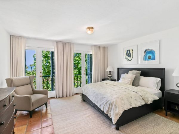 Longboat Key Beachfront Private Beach Estate with Cottage
